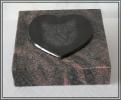 Grabplatte mit Trägerplatte Herz und Laserung